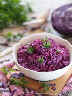 VegetablesSalat von Rotkohl à la Krautsalat, VegetablesSalat von Rotkohl à la Krautsalat, VegetablesLecker Pyza: Salat aus Rotkohl à la Krautsalat Healthy Salads, Healthy Recipes, Coleslaw Salad, Good Food, Yummy Food, Cabbage Salad, Polish Recipes, Food Design, Fall Recipes