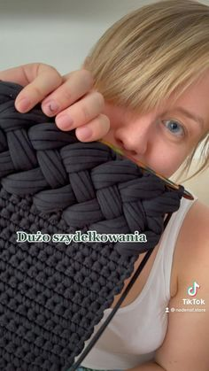 Diy Crochet Bag, Puff Stitch Crochet, Crochet Bag Tutorials, Crochet Backpack, Crochet Stitches, Crochet Baby, Knit Crochet, Crochet Patterns, Slow Fashion