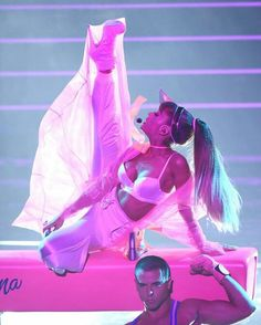 ARIANA GRANDE PERFORMANCE AT THE VMAS 2016 #KIMILOVEE  #THEWIFE  PLEASE DON'T CHANGE MY CAPTIONS OR YOU'LL BE BLOCKED!