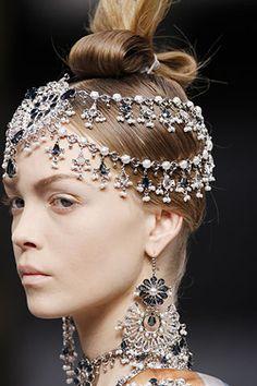 bijoux de Alexander McQueen
