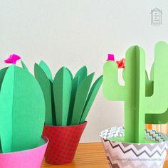 Paper Cactus Na Casa da Joana - 5 modelos coloridos e divertidos de cactos de papel. :) Uma ótima opção para a decoração :: www.nacasadajoana.com.br Paper Cactus, Planter Pots, Fruit Party, Mexican Party, Cactus Plants, Paper, Templates, Bricolage