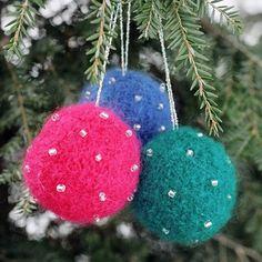 NobleKnits Yarn Shop  - Bully Woolies Beaded Ball Christmas Ornaments Knitting Kit, $16.79 (http://www.nobleknits.com/bully-woolies-beaded-ball-christmas-ornaments-knitting-kit/)