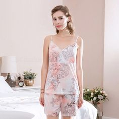 2018 New Women Sexy Summer Pajamas Bamboo Fiber Sleeveless V-Neck Print  With Two Piece Suit White M c5d7d0dc5
