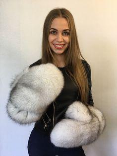 Giant Natural Fox Fox Fur Mittens Full Fur Winter Gloves Blue Fox White Fur for sale online Mitten Gloves, Mittens, Furs For Sale, Fur Accessories, Fabulous Furs, Fox Fur Coat, White Fur, Fur Fashion, Fur Collars