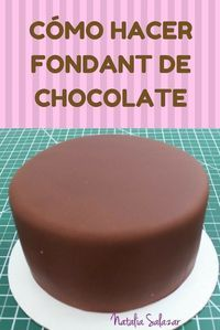 Cómo hacer fondant de chocolate profesional Cómo hacer fondant de chocolate profesional in 2019 Cake Decorating For Beginners, Creative Cake Decorating, Cake Decorating Tools, Creative Cakes, Cake Cookies, Cupcake Cakes, Cake Pops, Amazing Cakes, Sweets