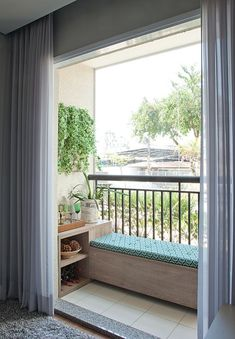 44 Awesome Small Living Room Decoration Ideas On A Budget Are you looking for interior decorating ideas to use in a small living room? Small living rooms can look just […] Small Balcony Design, Small Balcony Decor, Balcony Bench, Balcony Ideas, Apartment Balcony Garden, Modern Balcony, Tiny Balcony, Bedroom Balcony, Balcony Gardening