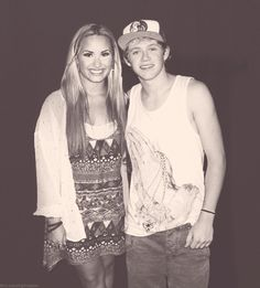 Ok........they need to date an then get engaged and then get married!!!!!!!!! (I'm a Niall girl btw)