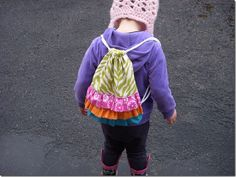 Not Very Domestic: Ruffled Knapsack Tutorial