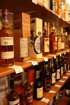Whisky shop | Flickr - Photo Sharing!