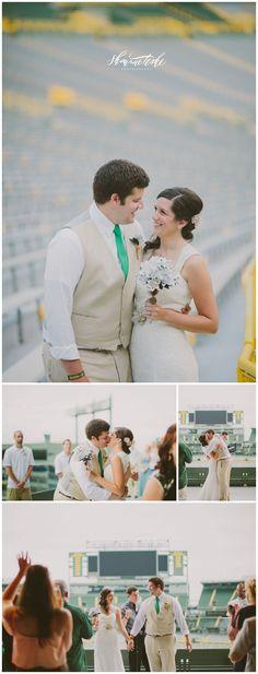 Classy Football Themed Wedding | Lambeau Field | Shaunae Teske Photography