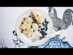 3 quick recipes to make with panettone (last one is a stone fruit salad) Stone Fruit, Quick Recipes, Salad Dressing, Christmas Recipes, Fruit Salad, Food To Make, Cooking, Cake, Salads