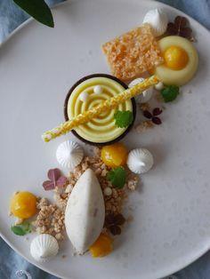 Masterchef Recipes, Dessert Presentation, Mango, Greens Recipe, Something Sweet, Sugar And Spice, Fine Dining, Tapas, Sweet Treats