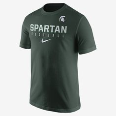 REPRESENT YOUR TEAM The Nike Practice (Michigan State) Men's T-Shirt pays homage to your favorite team with a school graphic on soft, comfortable cotton. Product Details Rib crew neck with interior taping Fabric: 100% cotton Machine wash Imported