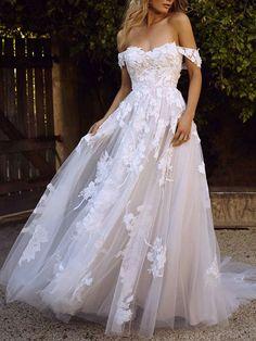 Cheap Wedding Dresses Online, New Wedding Dresses, Carlisle, A Line Wedding Dress Sweetheart, Bohemia Wedding, Wattpad, Applique Wedding Dress, White Maxi Dresses, Stunning Dresses