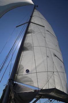 ulkosaaristossa: Melkein täyden palvelun Kumlinge Sailing Ships, Boat, The Incredibles, Dinghy, Boats, Sailboat, Tall Ships, Ship