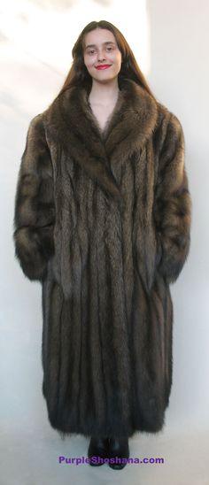 Sable Coat, Sheepskin Coat, Fashion Guide, Fur Fashion, Furs, Style Guides, Fisher, Fur Coat, Sexy Women