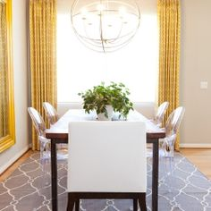 Grey  yellow in interiors means different personalities - gloomy and lively combined in one space. (via Houzz)