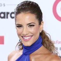 Gaby Espino pink lipstick and slicked-back ponytail at the Billboard Latin Music Awards