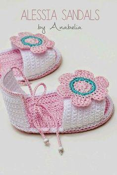 Zapatitos de crochet de bebé                                                                                                                                                      Más                                                                                                                                                     Más