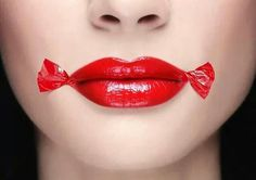 You can wear red lip gloss or lipstick at any age with these tips. Candy Lips, Eye Candy, Long Lasting Lipstick, Beautiful Lips, Quites, Makati, Beauty Bar, Beauty Tips, Red Lipsticks