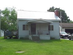 MLS # 888052 In the city. Would make a great rental investment, first time home, or home/office. $69,000 Listed By: Home Place Realty, LLC. 502 West Ave Crossville, TN 38555 Office 931-707-1945