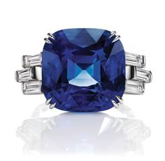 Sunset by Harry Winston, Sapphire and Diamond Ring