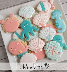 Under the Sea cookies once more, this time with the addition of a sweet little crab! #lifesabatch #decoratedcookies #sugarcookies #underthesea #babyshowercookies