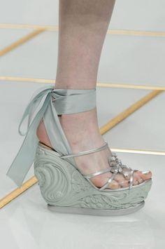 Guo Pei Haute Couture Spring 2016. Paris Fashion Week.