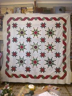 nice setting for feathered star blocks...although I don't see myself ever doing another feathered star.