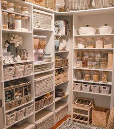 Top 20 most popular decor trends online revealed Kitchen Pantry Design, Kitchen Organization Pantry, Home Organisation, Organization Ideas, Organized Pantry, Household Organization, British Bathroom, European House, Home Trends