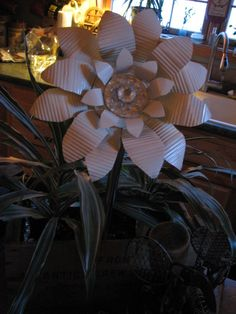 Flowers From Repurposed Tin Cans | Hometalk