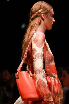 Valentino Spring 2015 Ready-to-Wear - Details - Gallery - Look 1 - Style.com