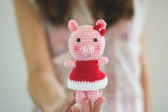 "free pattern : Piggy Bella by ""Croby Patterns"""
