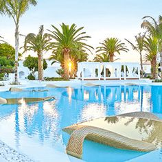 Grecotel's Caramel Exclusive Resort offers luxury accommodation in Crete. A luxury hotel Ideal for weddings & business meetings. Restaurant Bar, Crete Hotels, Luxury Family Holidays, Kid Friendly Resorts, Best Boutique Hotels, Pool Lounge, Greece Holiday, Hotels And Resorts, Luxury Resorts