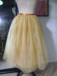 Instructions to make a tulle skirt