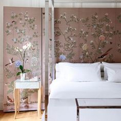 Pink patterned fabric screen in Pink Rooms & Pink Paint Ideas. Traditional bedroom with pink de Gournay fabric behind the modern, metal four-poster bed. Best Interior, Interior Design, Accent Wall Bedroom, White Bedroom, Feminine Bedroom, Bedroom Decor For Teen Girls, Bedroom Ideas, Four Poster Bed, Traditional Bedroom