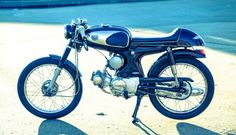 Honda S90 Cafe Racer by Flying Tiger #motorcycles #caferacer #motos | caferacerpasion.com