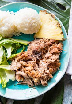 Hawaiian Style Slow Cooker Kalua Pork - Pineapple and Coconut Slow Cooked Meals, Slow Cooker Pork, Slow Cooker Recipes, Crockpot Recipes, Cooking Recipes, Crockpot Kalua Pork, Thai Cooking, Slow Cooking, Barbecue Pork Ribs