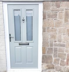 I never get bored of walking down the path to our front door, it was so worth the 5 year wait! I know it's only August and we shouldn't be… Front Door Porch, Porch Doors, Front Porch Design, Exterior Front Doors, Front Door Decor, House Front, Windows And Doors, Solidor Door, Victorian Front Doors