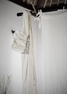 honeypieLIVINGetc: WHEN IT RAINS ON BALI Feather Crown, Living Etc, White Spirit, Beautiful Soul, Beautiful Things, Textiles, Light Shades, Bohemian Style, Brown And Grey