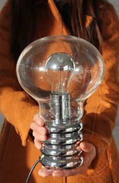 Ingo Maurer's Bulb lamp is a modern design classic! The Bulb lamp was designed by Ingo Maurer in 1966 for Studio M in Germany. http://www.stardust.com/ingomaurerbulb.html