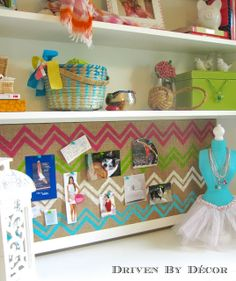 {DIY Chevron Burlap Bulletin Board} The Best Part is that Frog Tape comes in Patterns, including CHEVRON!!!