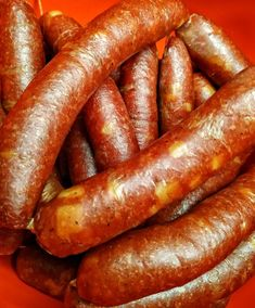 Käsekrainer - selbstgemacht am leckersten - Altmark BBQ - Meatloaf Recipes Salami Recipes, Homemade Sausage Recipes, Sauce Recipes, Meat Recipes, Sweet Barbecue Sauce Recipe, Bratwurst Sausage, Asian Bbq, How To Grill Steak, Portuguese Recipes