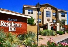 Residence Inn Scottsdale North Scottsdale (Arizona) This hotel in Scottsdale, Arizona is a 10-minute drive from Scottsdale Air Park and Scottsdale Airport. The pet-friendly hotel offers free Wi-Fi and full kitchens in every suite.