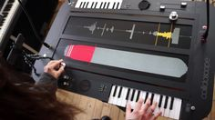 Meet The Collidoscope, a prototype double granular synthesiser by researchers Fiore Martin & Ben Bengler. More instruments and gear on http://www.doctormix.c...   PHYSICAL/TACTILE CONTROLS FOR UNDERSTANDING GRANULAR SYNTHESIS HANDS-ON!