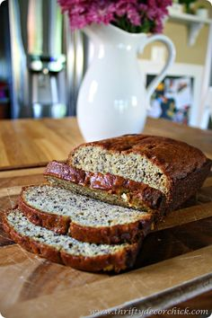 Such an easy and delicious banana bread recipe! Incredibly moist and with simple directions! @ Thrifty Decor Chick