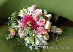 White and Pink bouquet with dahlias, queen ann's lace, spray roses by Eliana Nunes Floral Design, a wedding florist in winston salem nc.