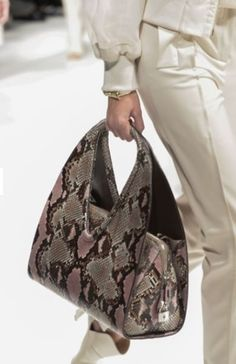 Collezione Borse Salvatore Ferragamo primavera estate 2014 FOTO  ferragamo   borse  bags  bagsandpurses a250f8275abc7