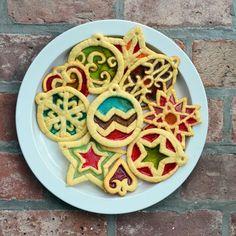 思わず見とれる透明感…「ステンドグラスクッキー」を作ろう! │ macaroni[マカロニ]