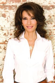 Beautiful Susan Lucci ( Erica Kane ) I miss AMC so much!